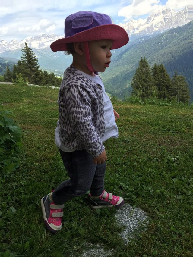 Cavria Mountain Girl